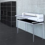 ROWE VarioFold Compact offline mit Tablestand - Bild: ROTH + WEBER GmbH