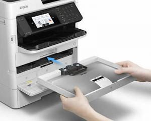 Tintenwechsel an einem Epson Multifunktionsgerät